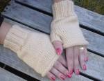 Versatile Beige Fingerless Gloves