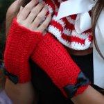 So Sweet~! Cherry Red Fingerless Gloves <3